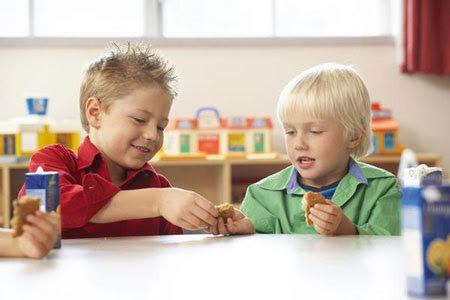 con cái, cha mẹ, tính ích kỷ, rộng lượng, dạy con