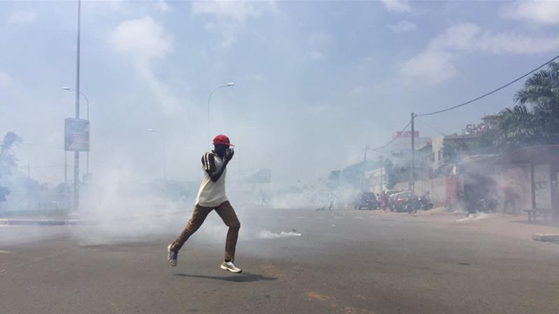 Togolese forces used tear gas to disperse protesters in Lome [Photo courtesy Emmanuelle Sodji]