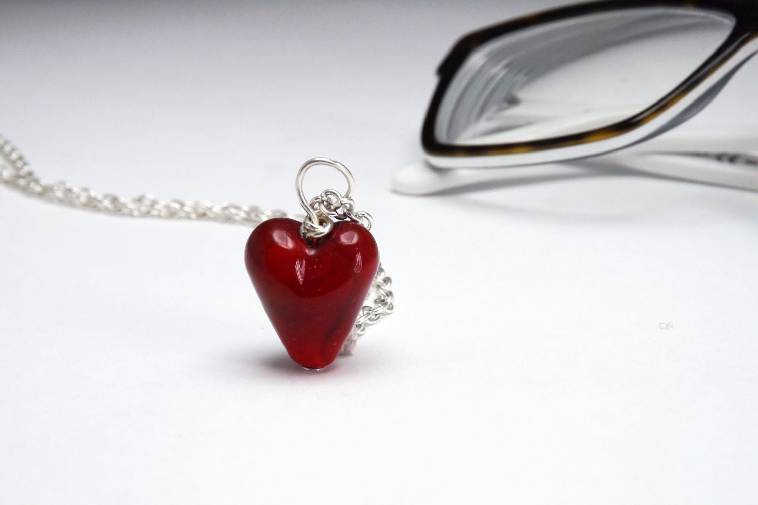 romantic red heart lampwork glass necklace - amabito