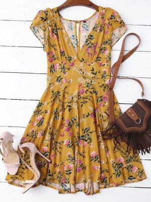http://es.zaful.com/hundiendo-cuello-floral-corte-vestido-hacia-fuera-p_270069.html