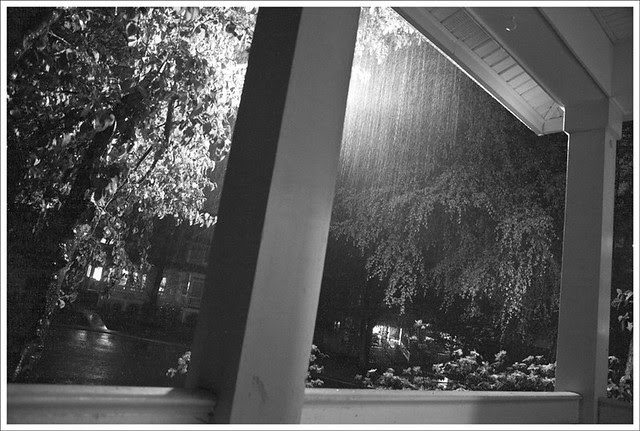 2011-004-24 Thunderstorm