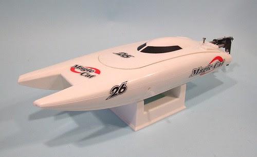 Magic Cat model speedboat