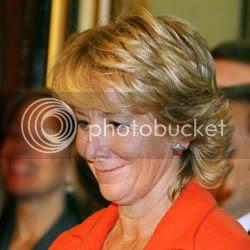 La presidenta de la Comunidad de Madrid se retira de la vida pública durante unos días por enfermedad
