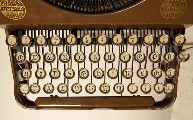 Urania Piccola keyboard