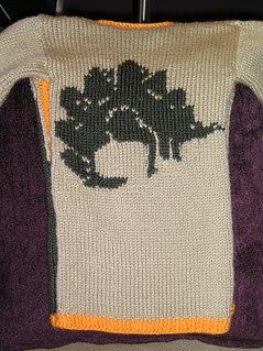 T's sweater back