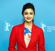 Alia Bhatt Actress Wiki, Age, Height,Photos,Wallpaper,Social Media, Family, Husband, Movies And More Info