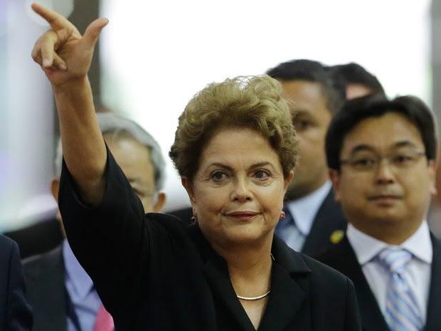A presidente da República, Dilma Rousseff, participa da abertura do Salão Internacional da Construção (Feicon Batimat) durante a manhã desta terça feira (10), no Anhembi, na Zona Norte de São Paulo (Foto: Nelson Antoine/Frame/Estadão Conteúdo)