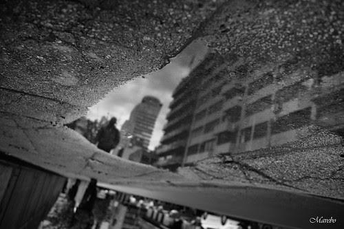 Santiago, día de lluvia by Alejandro Bonilla