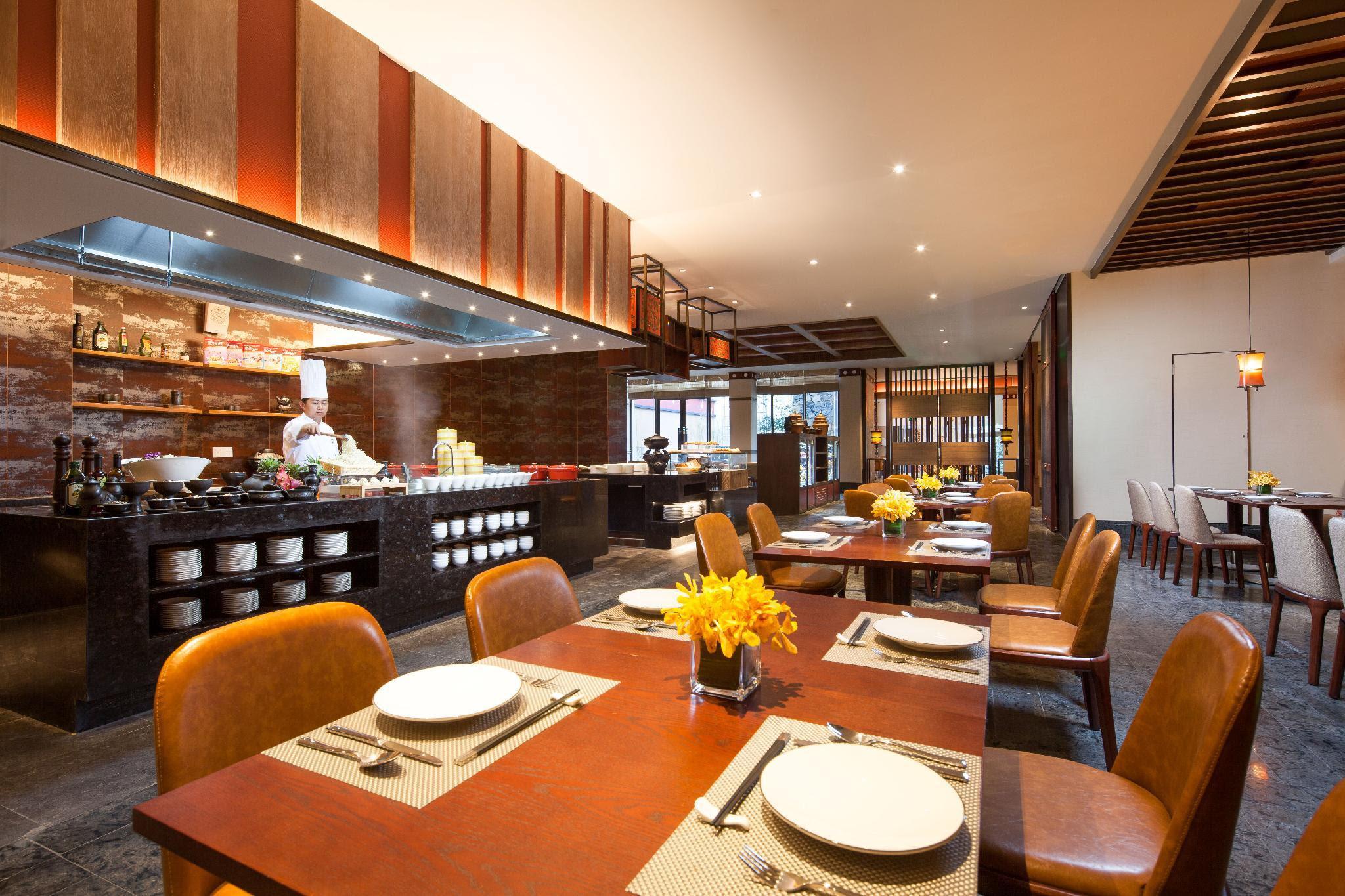 Review Hilton Garden Inn Shangri-La