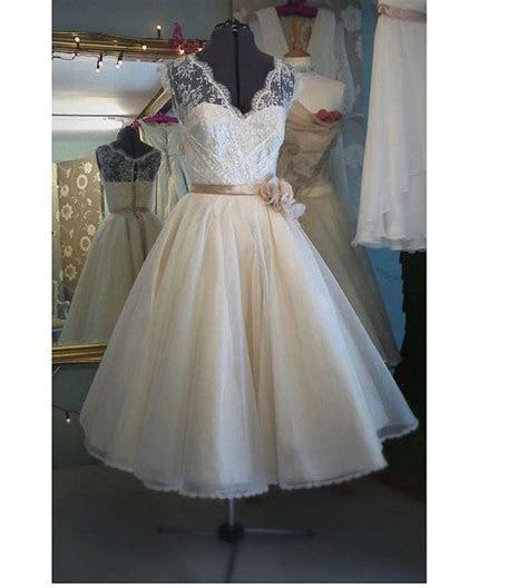Vintage Tea Length Wedding Dress bridal gown ?V Neck White