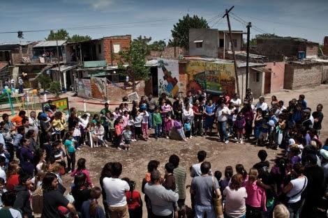 Asamblea vecinal en el barrio de Zavaleta.   La Poderosa