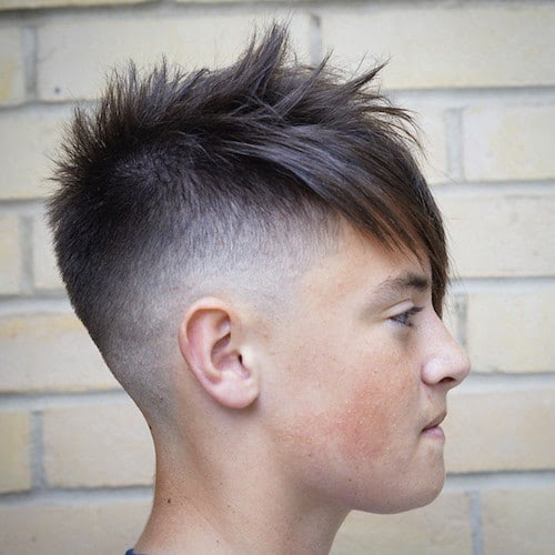 mobilebarberingacademy_clean skin fade and long front fringe