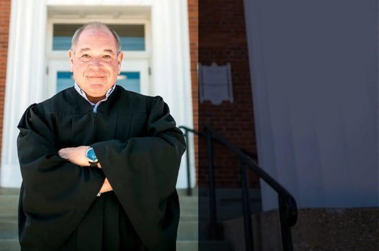 Juiz Michael Chikkonnetti (2)
