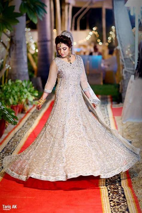 Latest Engagement Dresses Designs Collection 2015 2016