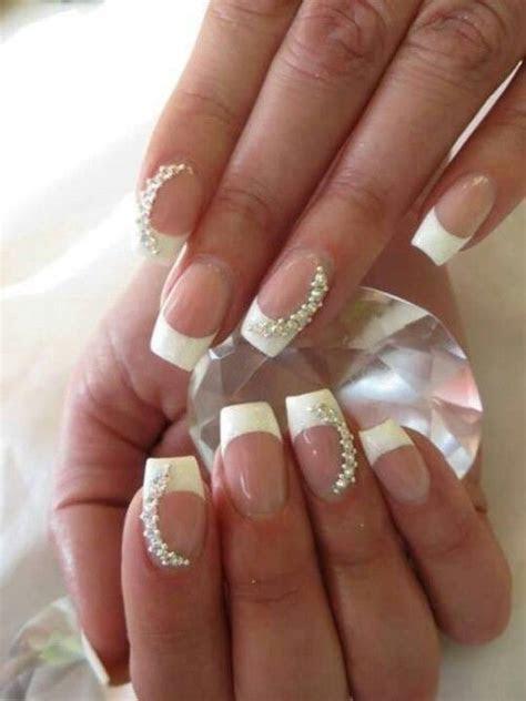 19 Gorgeous Bridal Nail Ideas   fashionsy.com
