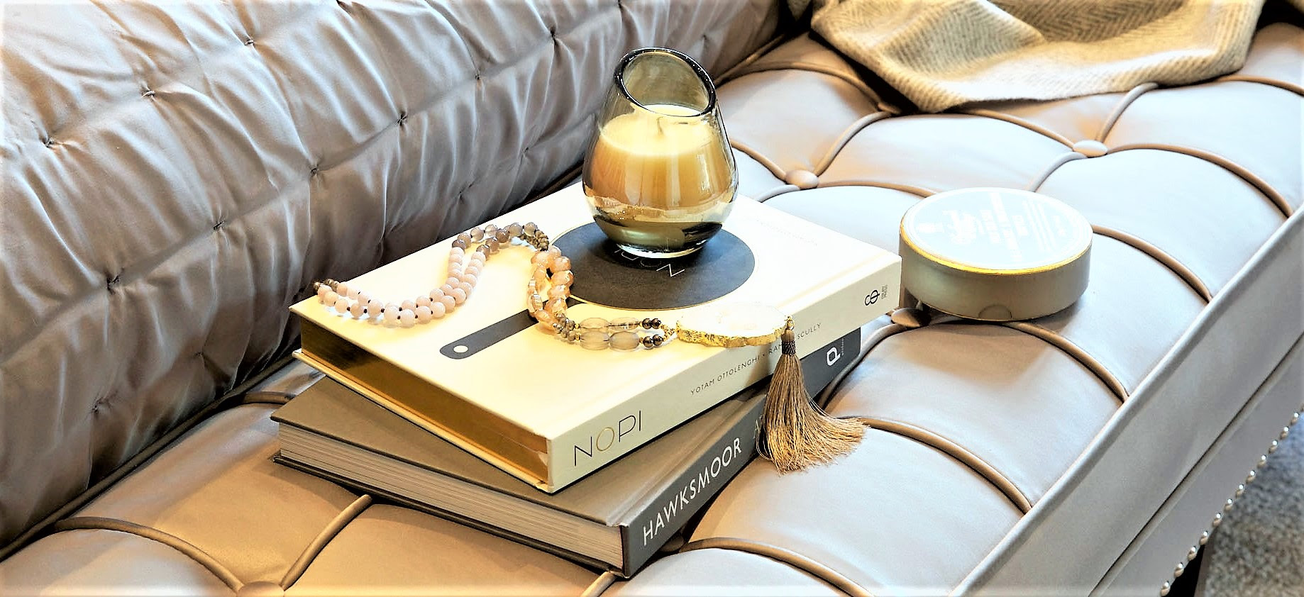 HOW TO STYLE WITH THE COFFEE TABLE BOOK - GIRL ABOUT HOUSE