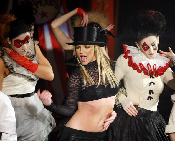 http://www1.pictures.gi.zimbio.com/Britney+Spears+Performs+ABC+Good+Morning+America+o52lbcUWhZXl.jpg