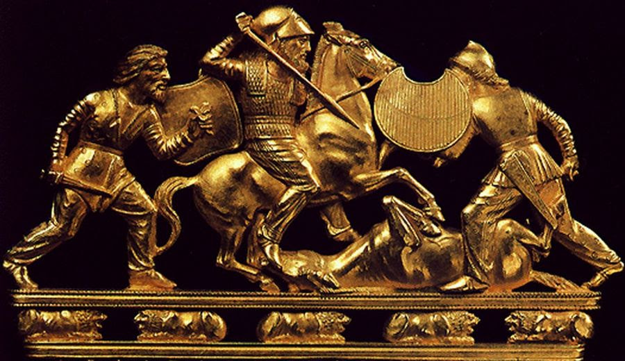 The top of a Scythian gold comb excavated in Ukraine