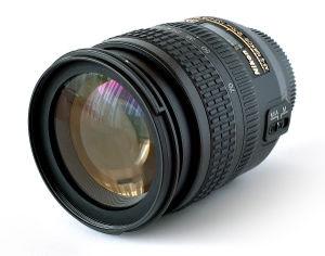 Nikon AF Nikkor 18-70mm (APS-C) Zoom lens