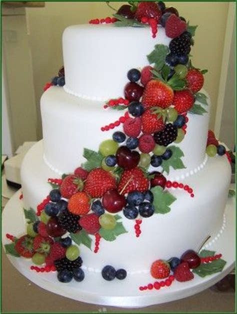 17  best ideas about Fruit Wedding Cake on Pinterest