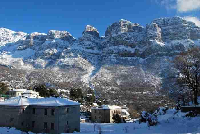Άλπεις αλά ελληνικά: Τα 12 «στολίδια» της ορεινής Ελλάδας