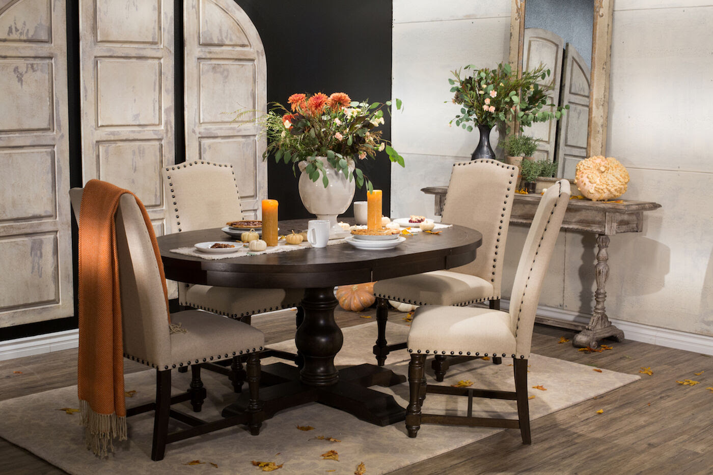 Navy And Gold Dining Room, Mathis Brothers Dining Room Sets Interior Design