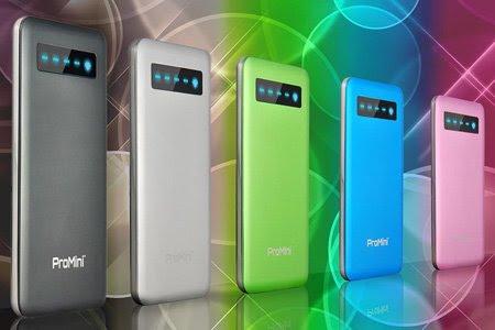 iPhone 5 並みの薄さ! 厚さ7.5mmの極薄 モバイル バッテリー 4000mAh / タッチセンサー搭載 / 高性能保護回路を内蔵 / メタリックフレーム / 4種類のUSBケーブル付き | ProMini 4000+ 『並行輸入品』 | Silver | MGPBT400-SVR