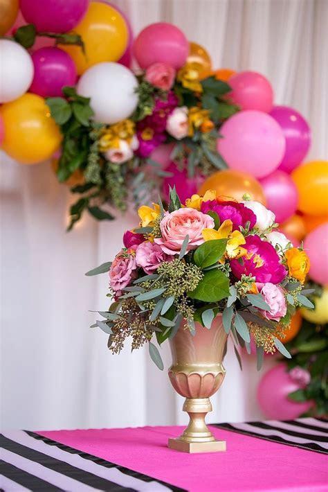 Best 25  Balloon garland ideas on Pinterest   Baloon