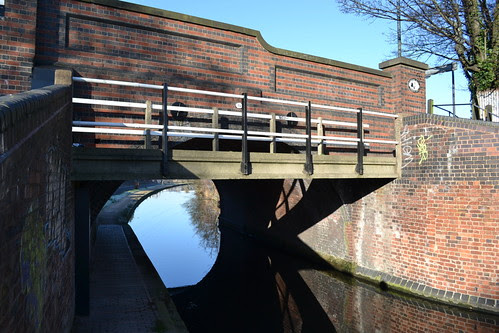 Worcester & Birmingham Canal Bridge 75