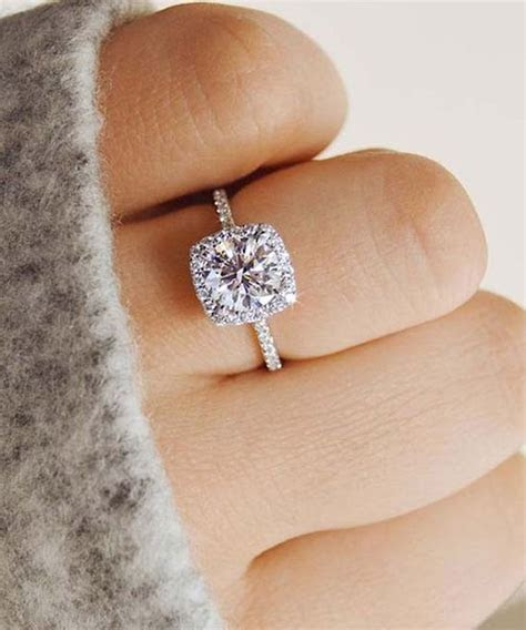 Ask A Wedding Expert: Engagement Ring Trends for 2018   DuJour