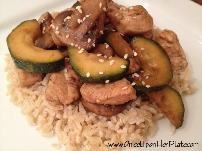Healthy and Easy Chicken with Mushrooms and Zucchini