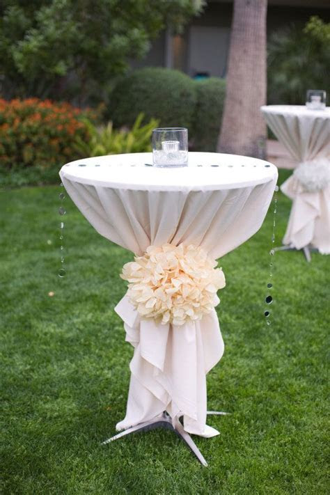 25  best ideas about Cocktail Table Decor on Pinterest