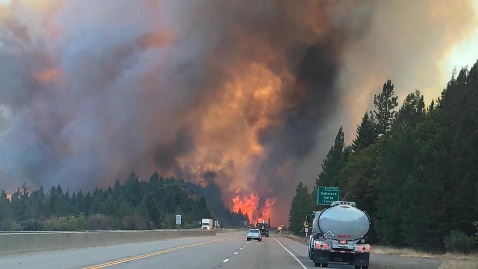 Image result for Delta Fire explodes to +5,000 acres, I-5 closed and immediate evacuations in place