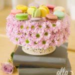 tinerete-vesnica-tort-floral-cu-macarons