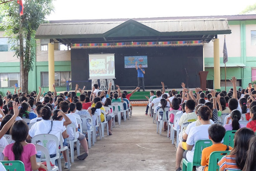 the-voicemaster-speaks-at-the-deped-nation-of-heroes-iv-in-la-carlota-negros-occidental