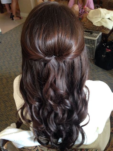 25  best ideas about Simple bridesmaid hair on Pinterest