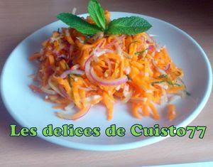 Salade acidulée surimi cacahuète