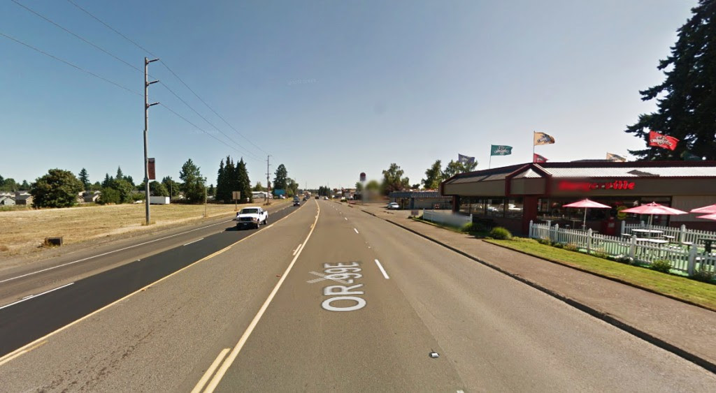 The witness said the lights were dim, but put off a haze or a slight glow. Pictured: Canby, Oregon. (Credit: Google)