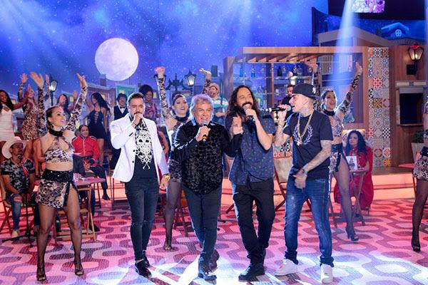 Matogrosso & Mathias, Gabriel Pensador e MC Guimê cantam durante o quadro Boteco do Ratinho