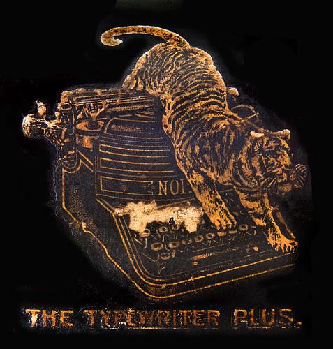 The Noiseless Typewriter logo