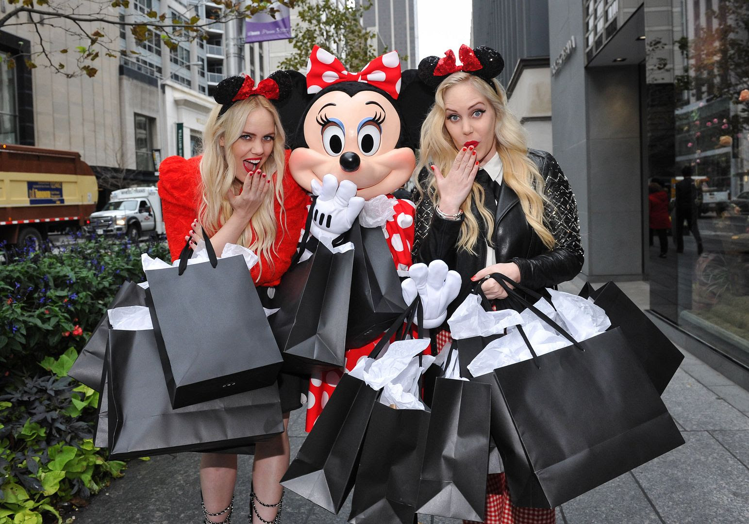 photo minniestyle-minniemouse-disney-beckermanblog-cailliandsambeckerman-disney-worldmastercardfashionweek-toronto-11_zps27427dbd.jpg