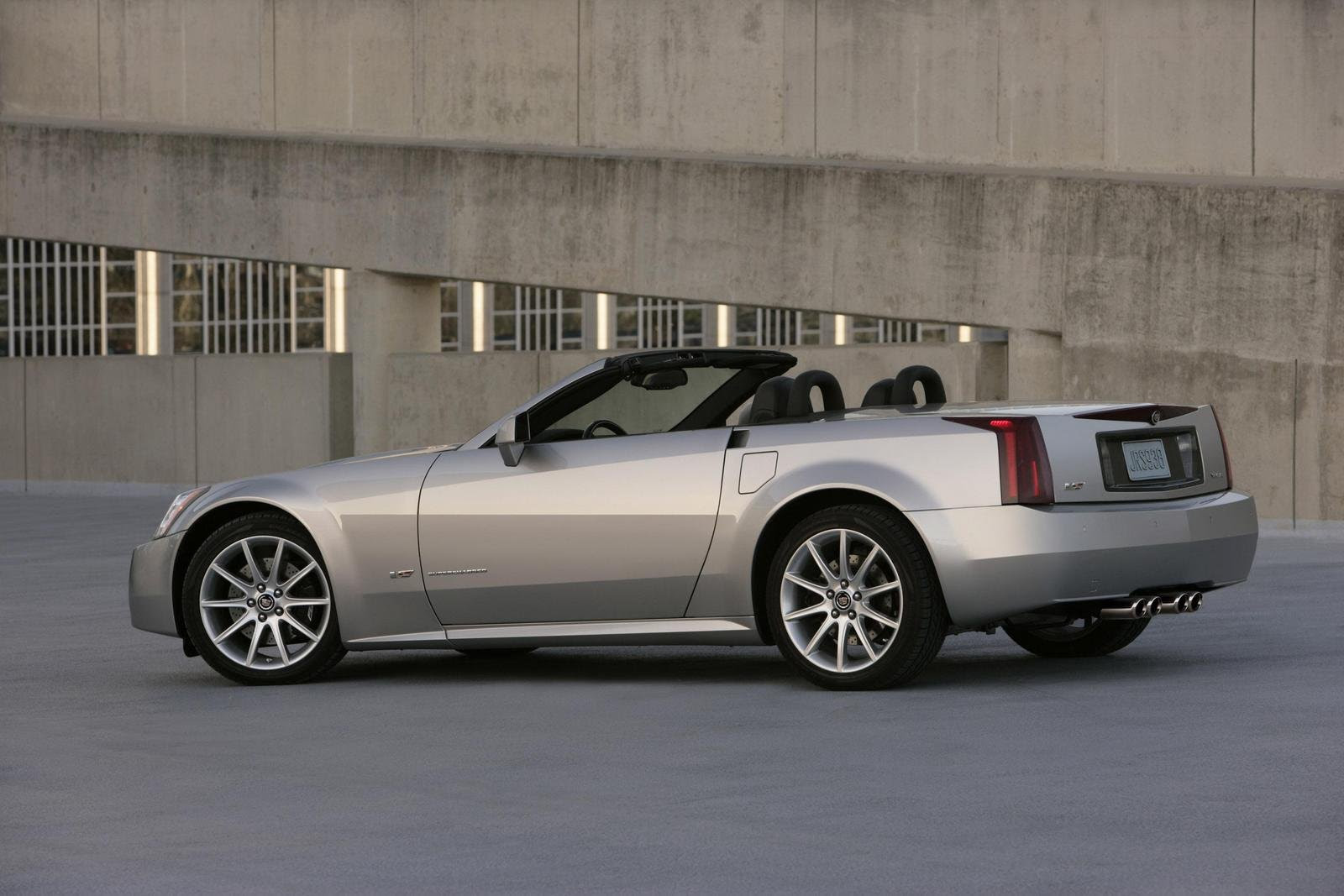 2008 Cadillac XLR-V - Picture 198990   car review @ Top Speed