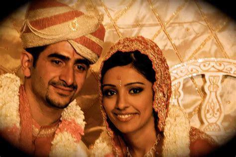 Essay on ?Hindu Marriage a Sacrament?