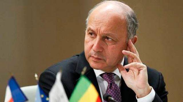 """Francia tiene """"ninguna duda"""" de que el régimen sirio había utilizado el mortal agente nervioso sarín en conflicto con los rebeldes y """"todas las opciones están sobre la mesa"""" para poner fin a los conflictos en el país desgarrado por la violencia, incluidas las acciones militares, dijo el ministro de Relaciones Exteriores francés Laurent Fabius Martes, 04 de junio 2013."""