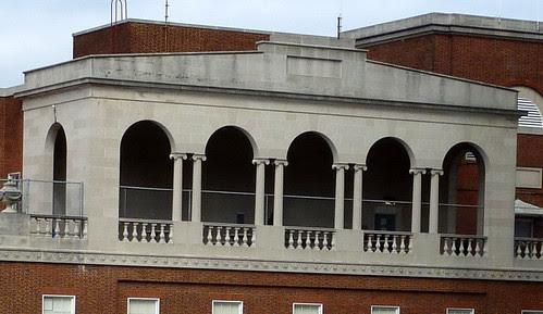 P1000780-2010-02-16-CrawfordLong-Woodruff-Maternity-Urn-Colonnade