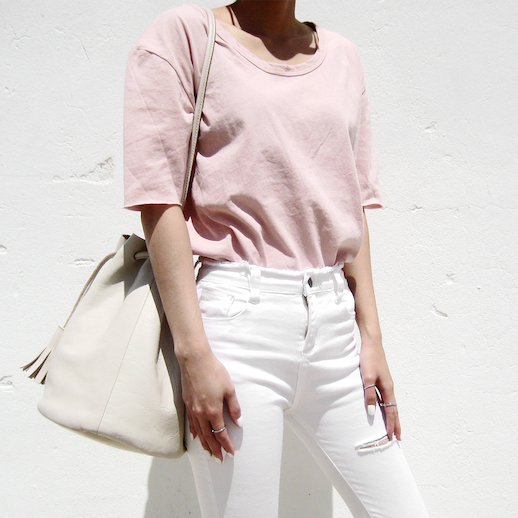 Le Fashion Blog Ripped Pink Tee White Distressed Jeans Minimal Summer Via 1finedai