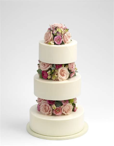 Purita Hyam ? chocolate wedding cakes