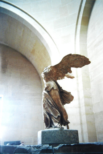La Victoire de Samothrace - Winged Victory of Samothrace (Nike of Samothrace), Musée du Louvre, Paris _ 8091 HDR 500