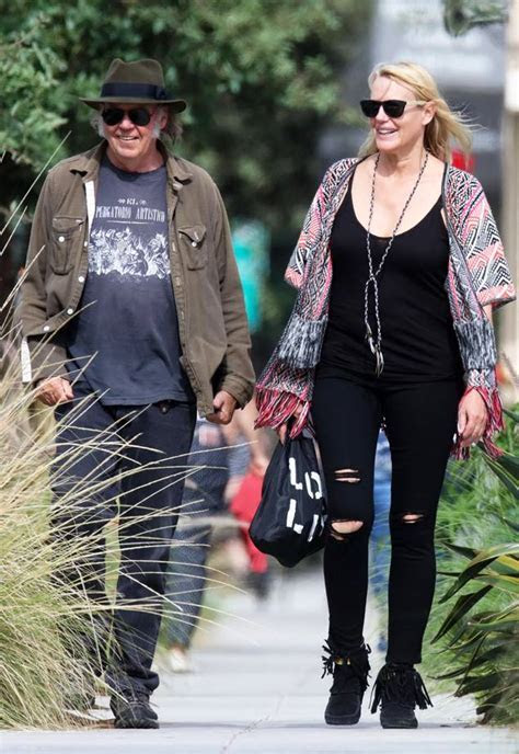 Neil Young Confirms Marriage to Daryl Hannah After Secret