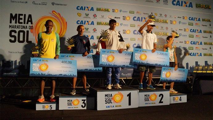 Segunda edição da Meia Maratona do Sol leva 5 mil pessoas às ruas de Natal  (Foto: Lili Oliveira/Ideia Comunicação)